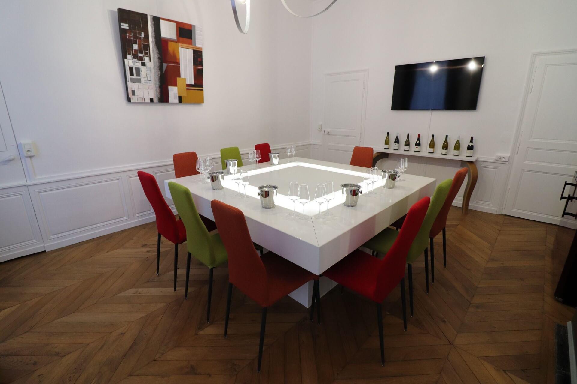 Salle de dégustation à Sensation Vin